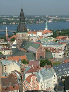 Blick über Riga der Hauptstadt von Lettland bis zur Düna